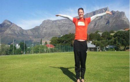 Die Fußball-Weltmeisterschaft war 2010 zu Gast. Populär sind Rugby, Golf, Surfen und Schwimmen. Handball dagegen fristet in Südafrika ein Schattendasein, ewickelt sich aber – auch dank Hilfe aus Deutschald. Ein Ortsbesuch. Auch am Fuße des Tafelbergs wird Handball gespielt. Heute gab's zusammen mit Play Handball – South Africa ein kleines Training mit dem Lehrerteam. Coole […]