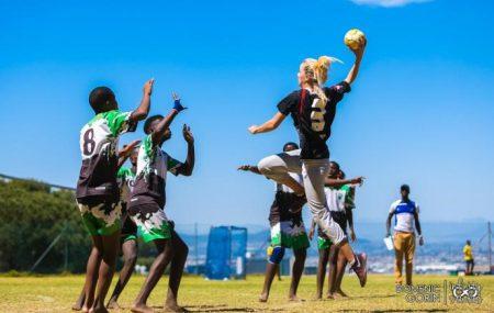 """Kapstadt – Oldenbourg, 2018-01-09 Das Jahr 2017 ist vorüber und somit ist es Zeit in Sachen PLAY HANDBALL Supercup Series 2017 & Educational Workshop """"Play Fair for a Sustainable Future"""" ein Fazit zu ziehen. Und das fällt durchweg positiv aus."""