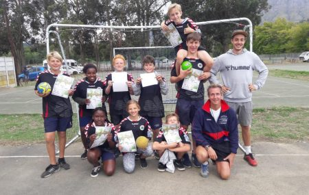 """""""I play Handball already my entire life. It means friendship, social values and just fun to me."""" Matti volunteered for 5 months at """"PLAY HANDBALL ZA"""" in Cape Town. He taught handball at two schools, the public primary school St. Mary's and the German school in the afternoon area. In Cape Town he lived with […]"""