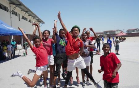 Friday-for-Future ist seit 2018 in aller Munde. Europaweit gehen Schüler für den Klimawandel auf die Straße, um mehr Aufmerksamkeit und Initiative für die Umsetzung der Klimaziele zu erreichen. Einen anderen Ansatz, doch mit ähnlicher Zielstellung, verfolgt Play Handball mit ihrem Play Handball SuperCup. Das erste klimaneutrale Handballturnier verbindet Umweltbewusstsein mit der Mannschaftssportart Handball. Das Ziel […]