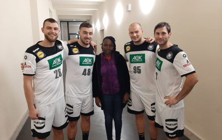 Carol Nange went to Germany to attend a conference for youth exchange programmes organised by the German Sports Youth. She was meeting there with the local Handball Federations and our exchange partner Youth Abroad in Schleswig-Holstein. Finally, she also experienced professional handball in Berlin.